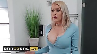 Mommy Got Boobs - (Katie Monroe, Tyler Nixon) - Moms Helping Wings - Brazzers