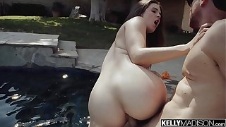 Hot Body Teen Devon Green Creampied By the Pool