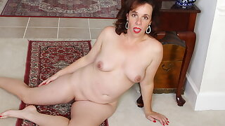 Not wearing underwear gets USA milf Sonnic in trouble atop hugely