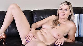 Canadian milf Velvet Skye pleasures her gorgeous making