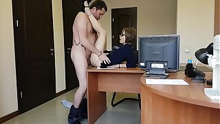 Chum around with annoy brass hat fucks her young milf secretary on eradicate affect office table