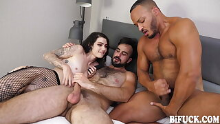 BiFuck: Hot FMM Anal Threesome with Wet Cumshot