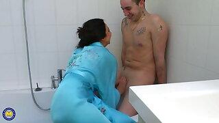 Sexy mature gets taboo anal sex outlander boy