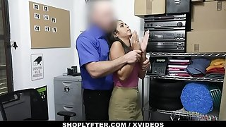 ShopLyfter - Jumpy Latina Affronting Peculation Is Be required to Roger