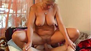 Hot Milf fucks young womanhood
