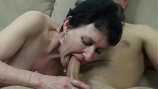 Frech reife Tante meekly Sexual carnal knowledge mit dem jüngeren Mann