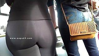 Subway Voyeur & Groping Chunky Butt